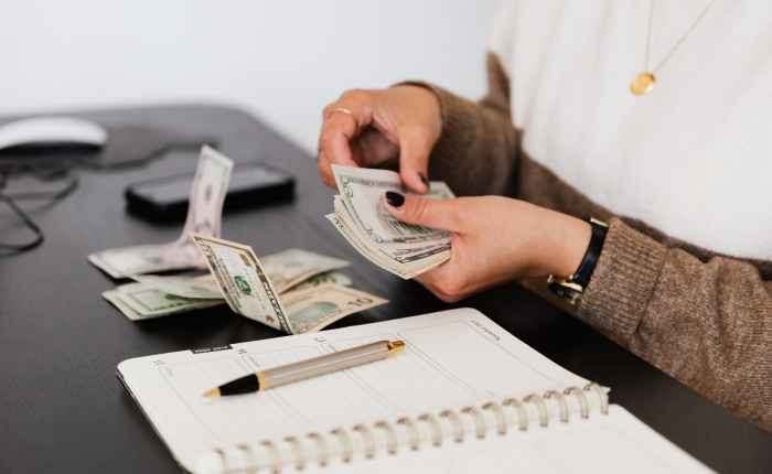 Top 10 ways I'm savingmoney